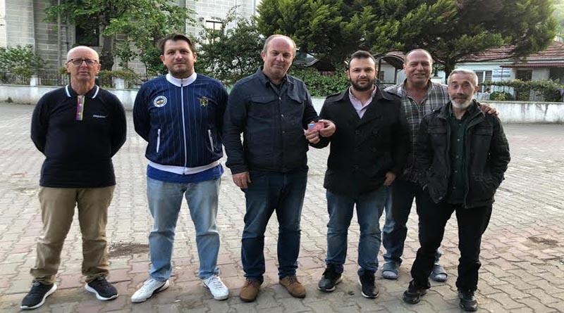 Yalova'da Mohti Laz Gençler İhtiyaç Sahiplerini Unutmadı