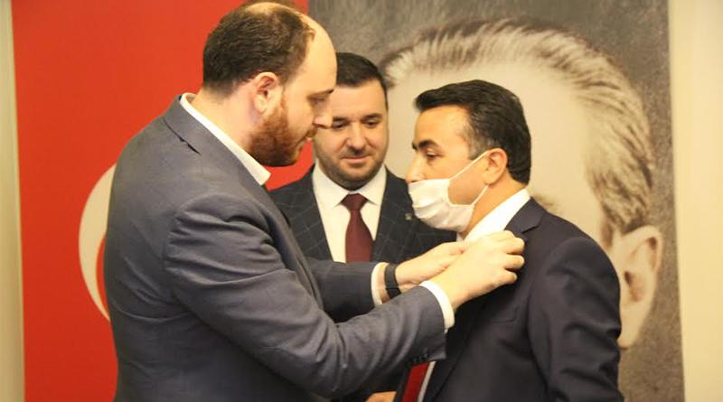 Saadet'ten seçildi, AK Parti'ye geçti!