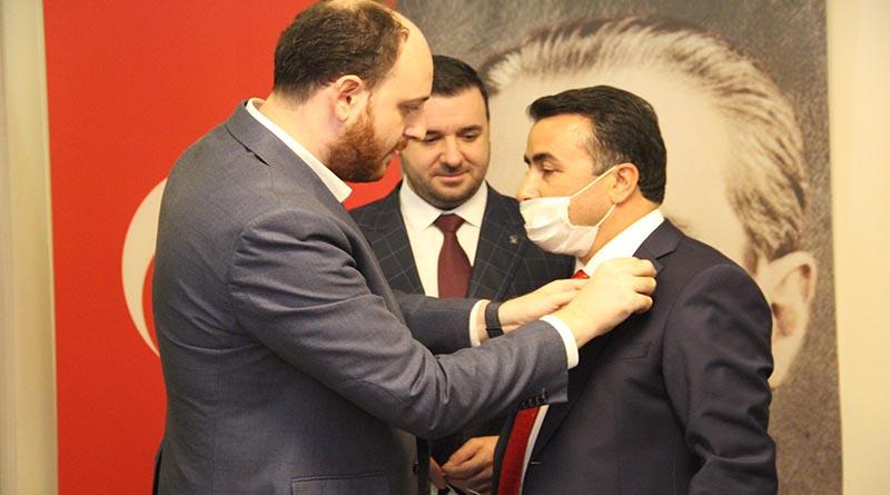 Tavşanlı Belde Belediye Başkanı Mücahit Kaçar, AK Parti'ye katıldı!