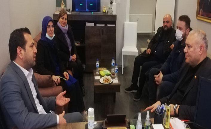 Mehmet Demirhan: AK Parti zaten iktidar, seçimde neyi vaat edecek?