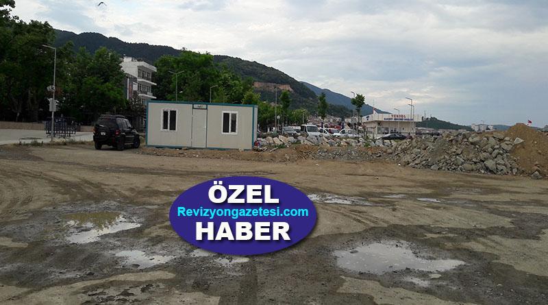 Hakan Korkmaz sordu: Çınarcık Sahil Dolgusu Proje alanında inşaat tabelası niye yok?