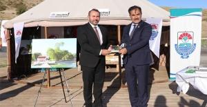 Başkan Mustafa Tutuk'tan Ahlat Belediye Başkanına Teşekkür