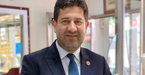 "AK Parti'li Alpan Solmaz, CHP'li Vekile tepki gösterdi ve ""hodri meydan"" dedi"