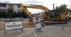 Mustafa Tutuk: Uzun yıllardır asfaltlanmayan Rasim Koçal Caddesini geçtiğimiz hafta içinde tamamladık