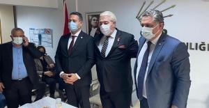 DP Yalova eski İl Başkanı Muharrem Er, CHP'ye geçti