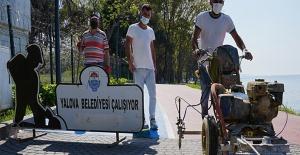 Yalova Belediyesi çalışıyor... Doğu sahil bandı